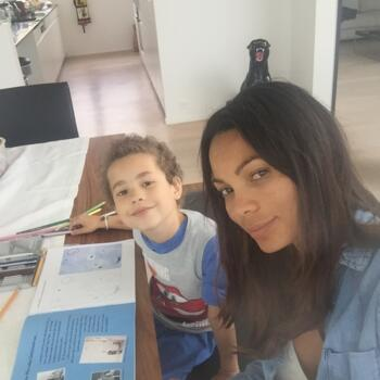 Babysitter a Zurigo: Joseane