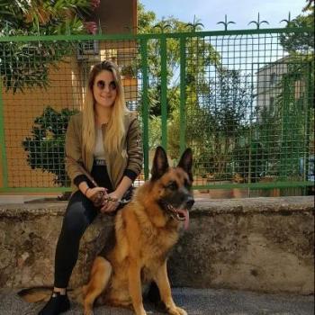 Babysitter Roma: Rebecca
