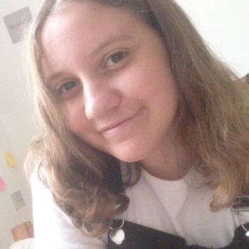 Baby-sitter Charleville-Mézières: Amel
