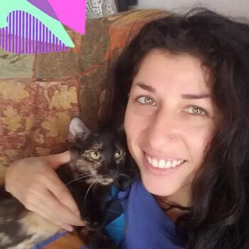 Niñera en San José: Hojita