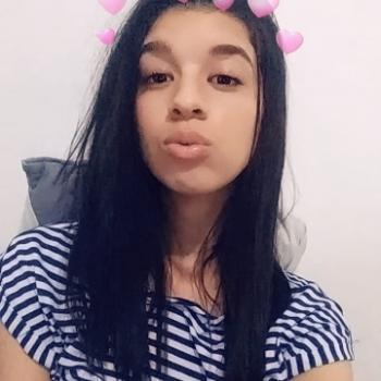 Babysitter Embu: Paloma