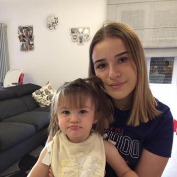 Babysitter in Steinfort: Valentina