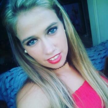Niñera Marbella: Noemi