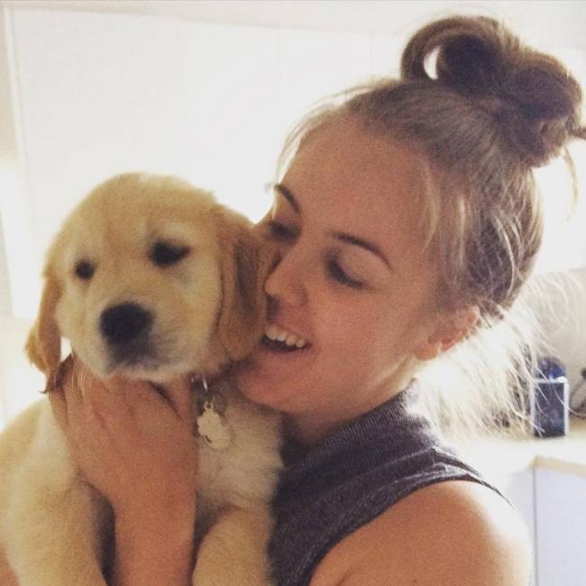 Emily (30) - Babysitter in Camberwell   Babysits