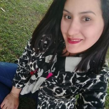 Niñera en Caseros (Provincia de Buenos Aires): Valeria