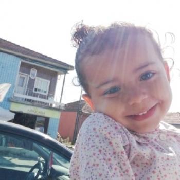 Trabalho de babysitting em Cascais: Trabalho de babysitting Diana