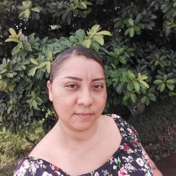 Niñera en Tres Ríos: Ptry