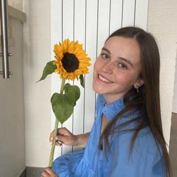 Babysitter in Reet: Manon