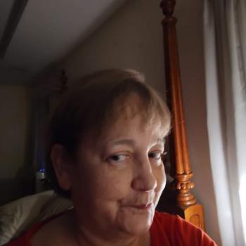 Babysitter in Knoxville: Deborah