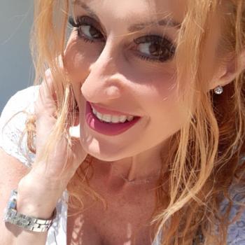 Babysitter a Fiumicino: Emanuela