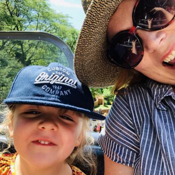 Baby-sitting Toronto: job de garde d'enfants Jennifer
