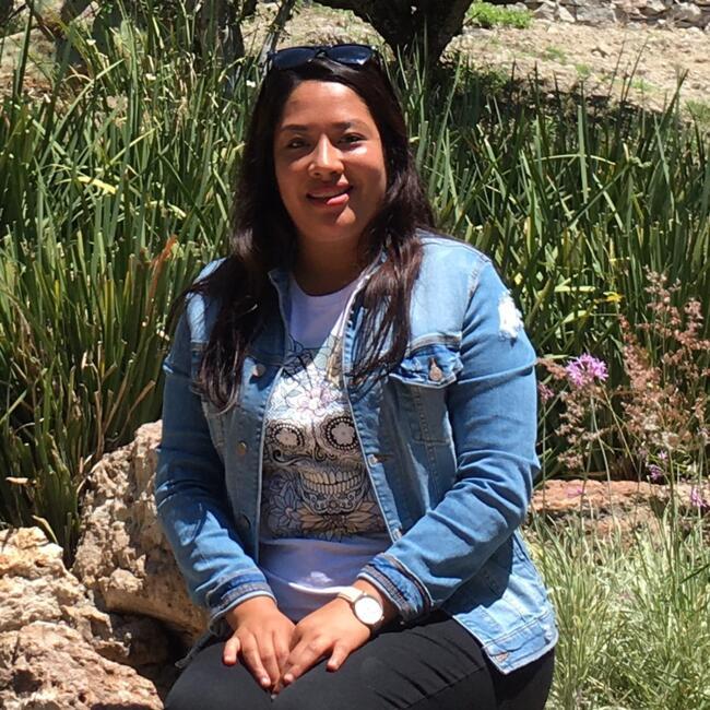Niñera en Santiago de Querétaro: Adriana