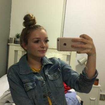 Babysitter South Melbourne: Rebecca