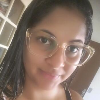 Babysitter in Recife: Maria