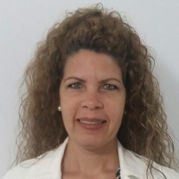 Niñera Pamplona: Yianet