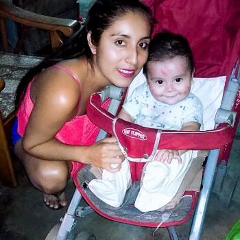 Babysitter Lima Lima: Katty