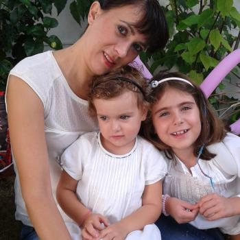 Babysitter Loulé: Angela