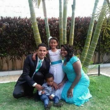 Babysitter São José do Rio Preto: Flaviane
