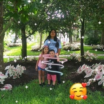 Babysitter Lakeland Gardens Mobile Home Park: Sherlyn