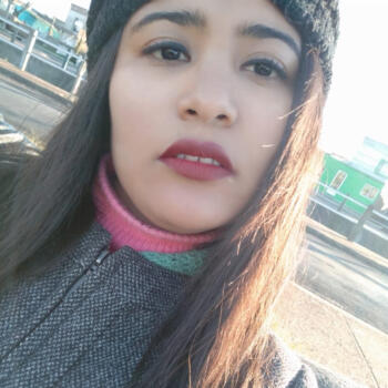 Niñera Achar: Tatiana
