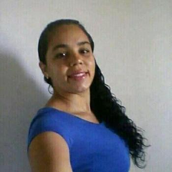 Babysitter in Maceió: Maria