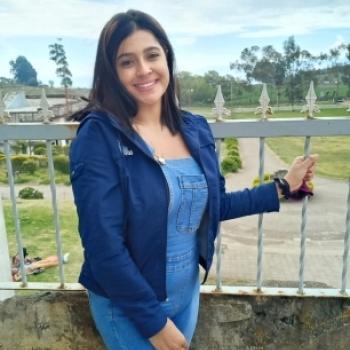 Niñera en Purral: Yari
