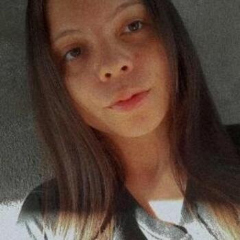 Babá em Londrina: Raissa