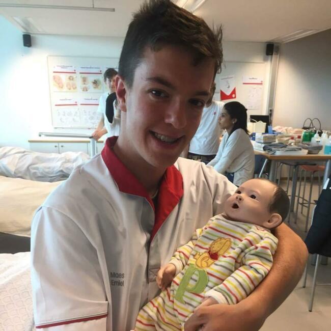 Babysitter in Brugge: Emiel