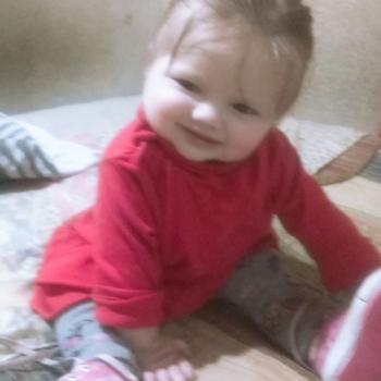 Babysitter Pueblo Moreno: Jennifer