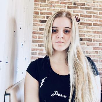 Baby-sitter Roosdaal: Kyana