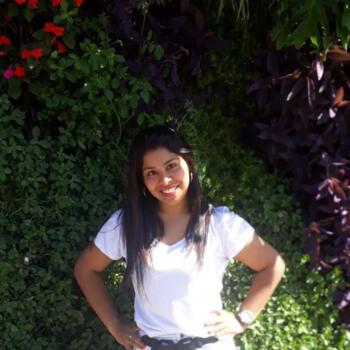 Babysitter in Hurlingham: Carolina Sandoval