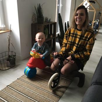 Babysitter Madrid: Monica