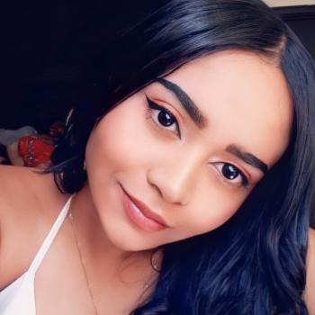 Babysitter Pasto: Adriana Valentina