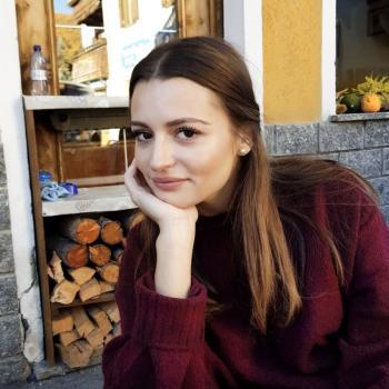 Babysitter a Piacenza: Anna