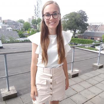 Oppas Roosendaal: Eveline