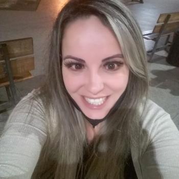 Babá em Niterói: Lucia Mara