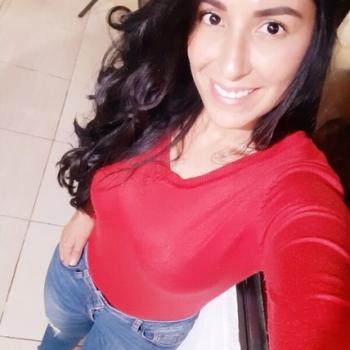 Babysitter in Tres Ríos: Cinthya