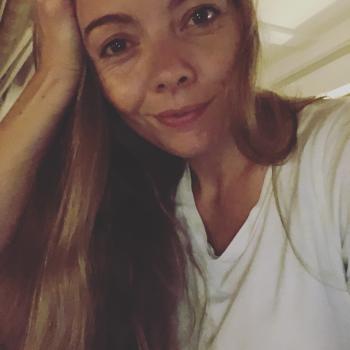Forælder Hjallerup: babysitter job Louise