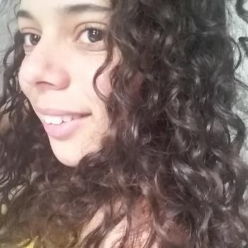 Babysitter in Minas: Gabriela