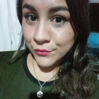Niñera en La Plata: Veronica