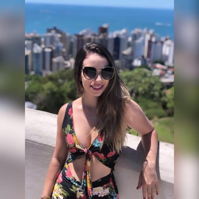 Emprego de babá em Rio de Janeiro: Anna Laura