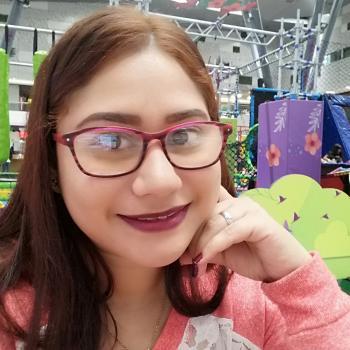 Niñera en La Estrella: Yanina