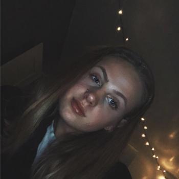 Babysitter Telford: Amber