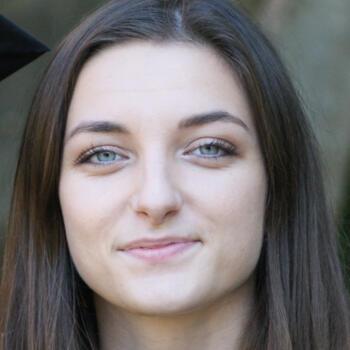 Baby-sitter Lyon: Célia