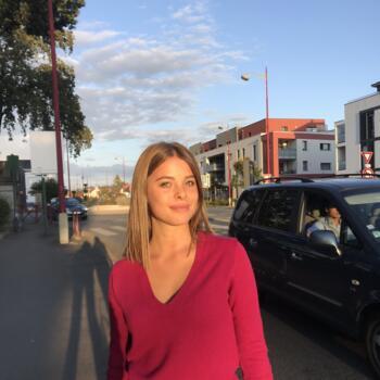 Babysitter in Rennes: Violette