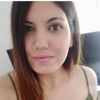 Niñera Armilla: Andrea