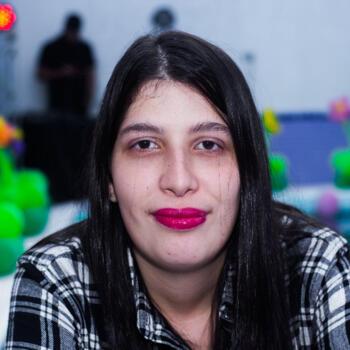Babá Rio Preto: Larissa