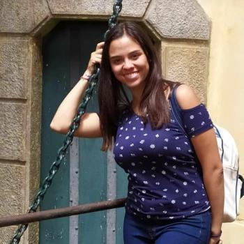 Babysitter Vila Nova de Gaia: Valeria