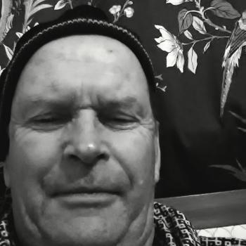 Babysitters in Upper Hutt: Chris