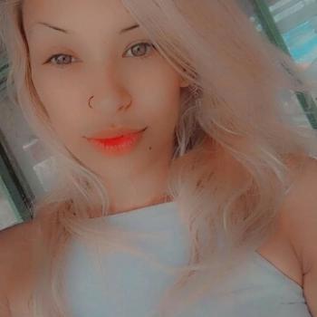 Babá em Pinhais: Thais